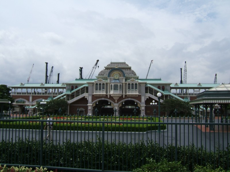 Disneyland Monorail Station